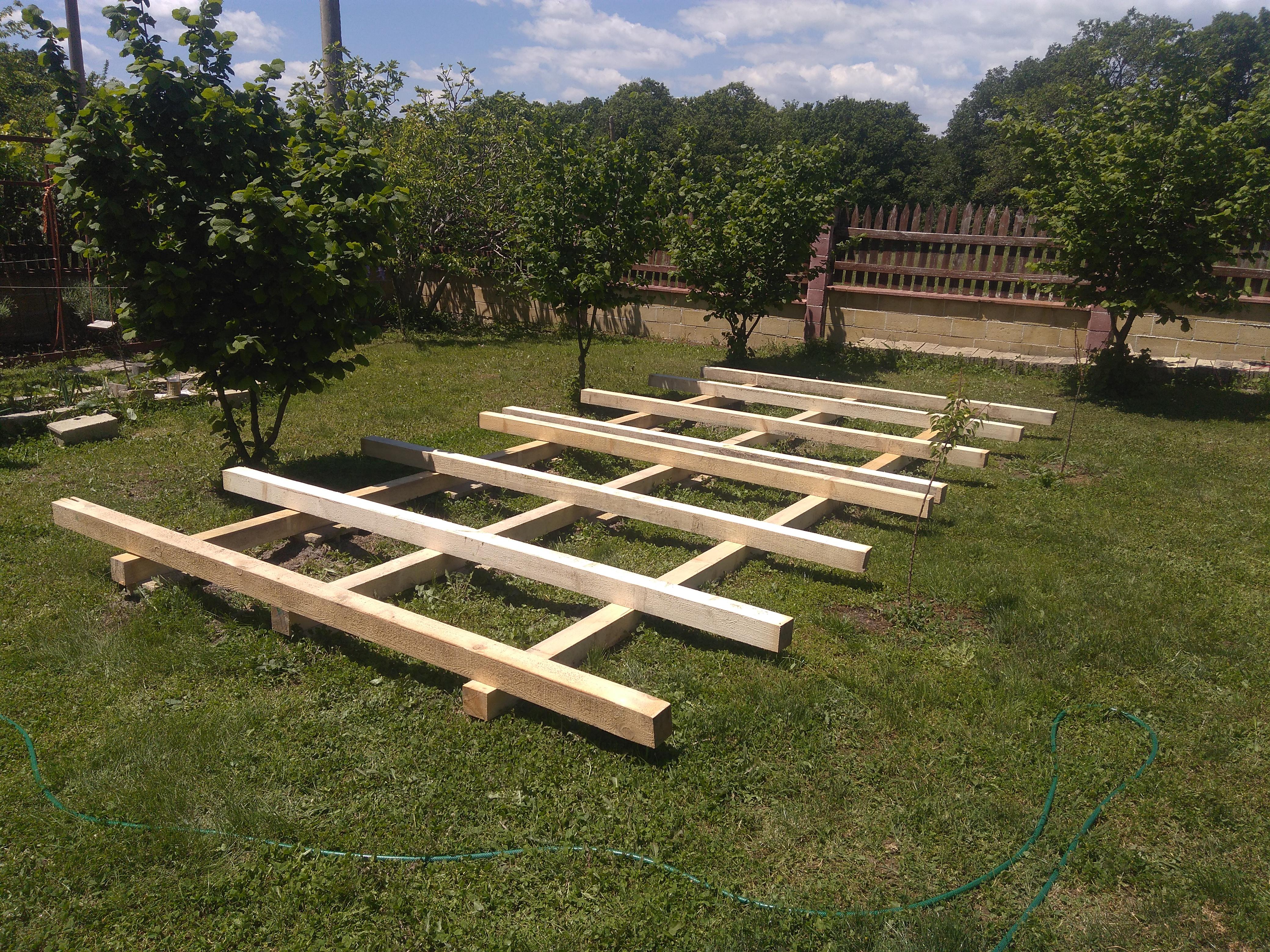 Скарата за дървения материал е готова